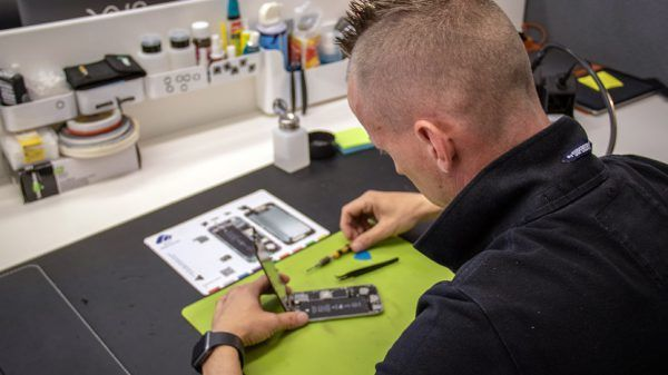 Jan Gorter iPhone en iPad reparatie service